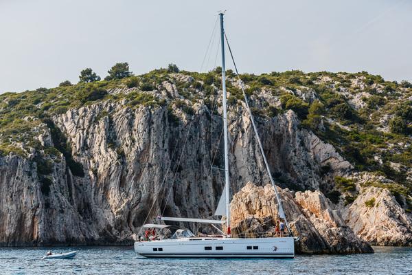 Boat-vs-hotel-txt-2.jpg