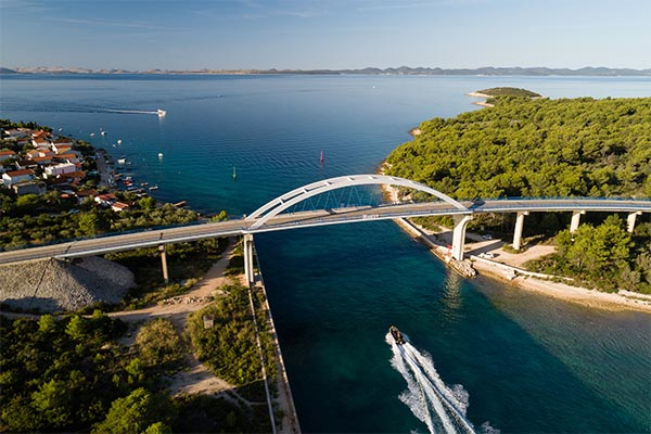 croatian-islands-bridge-ugljan-pasman.jpg