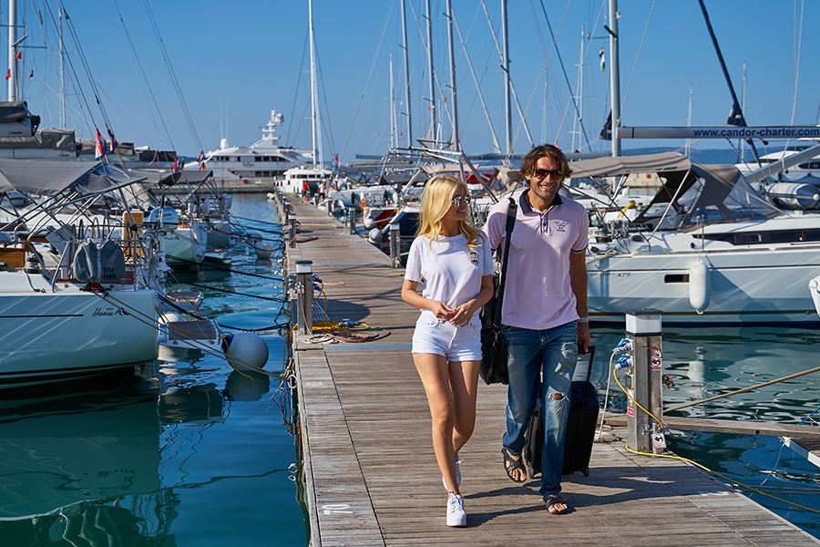 How to pack for a sailing vacation