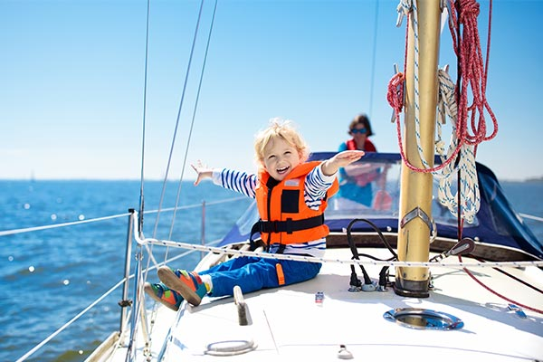 kids_sailing_gallery1.jpg