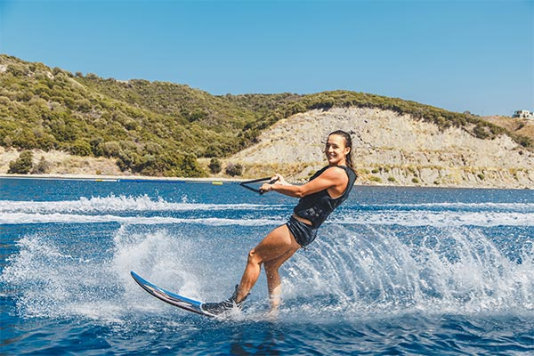 watertoys-wakeboard.jpg