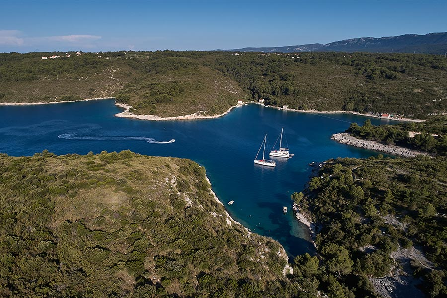 Why charter a yacht in Croatia for your vacation?