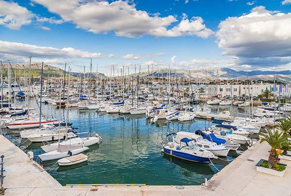 Marina Nava, Split Split
