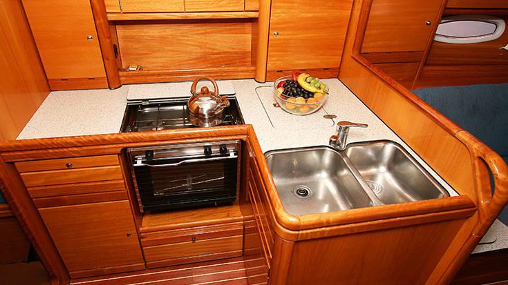 Bavaria 37 Cruiser    Elica I