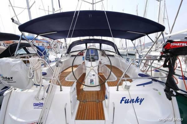 Bavaria 37 Cruiser | Funky