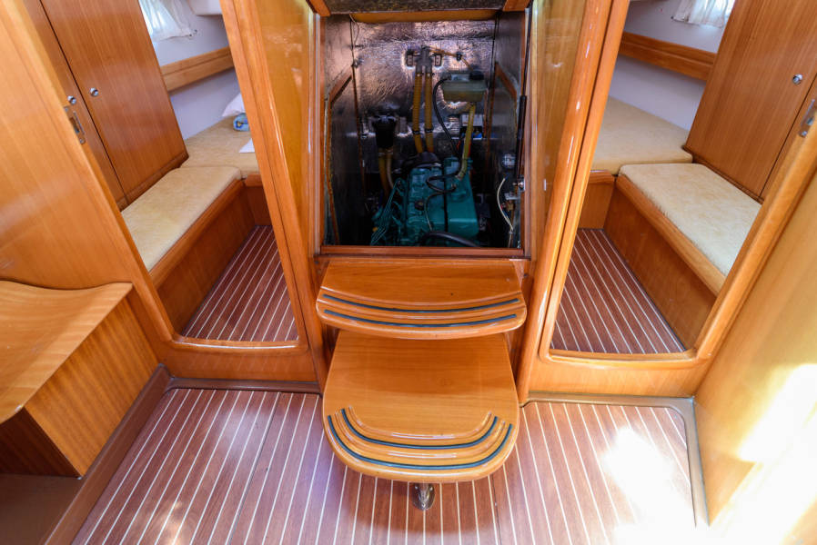 Bavaria 42 Cruiser  | Blue Queen