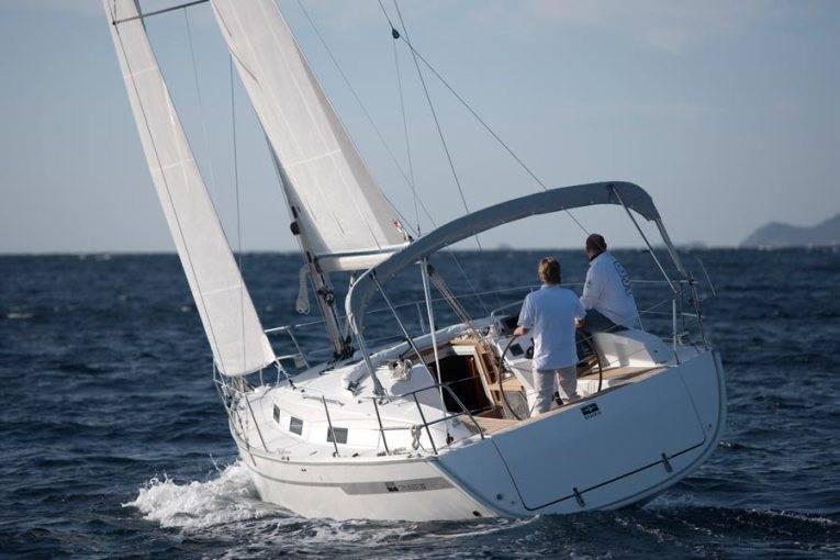 Bavaria Cruiser 32    Sax
