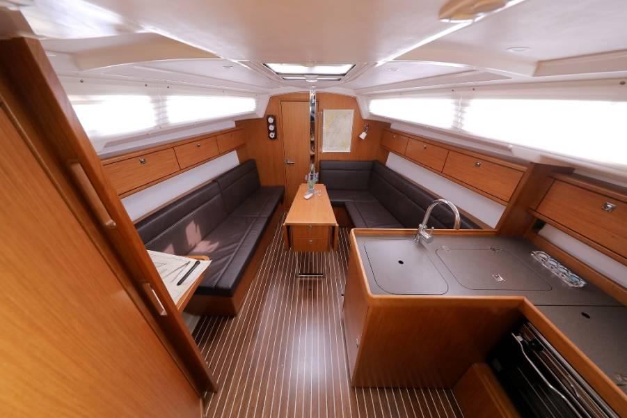 Bavaria Cruiser 33  | DOLCE VITA