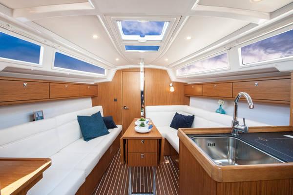 Bavaria Cruiser 33  | Sea Lion NEW