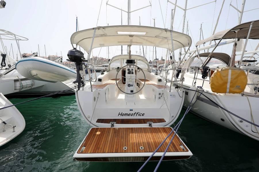 Bavaria Cruiser 33  | HOMEOFFICE
