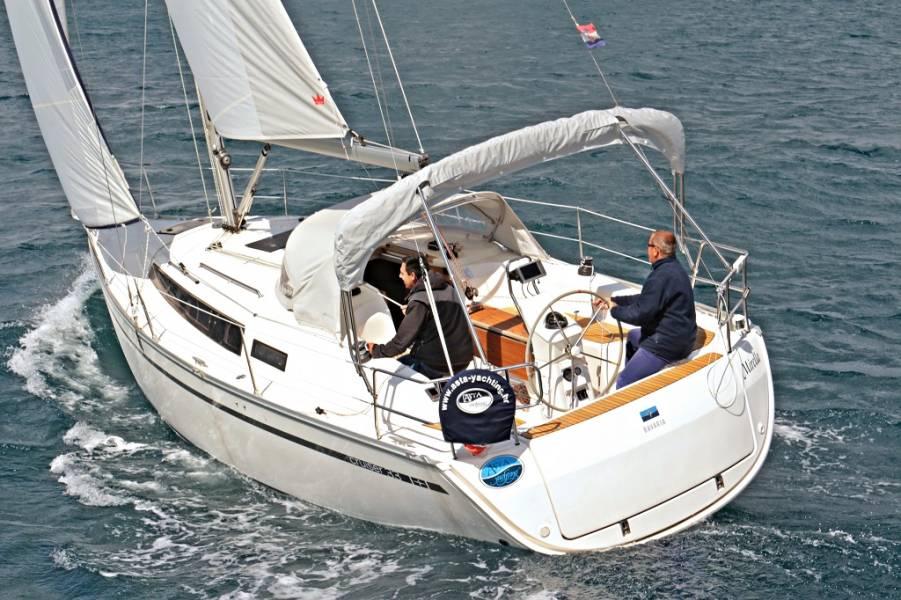Bavaria Cruiser 33