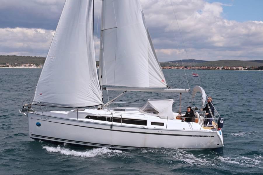 Bavaria Cruiser 33  | Mirella