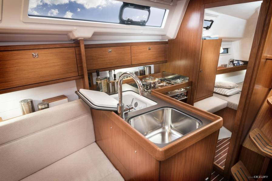 Bavaria Cruiser 34 Style  | Lina