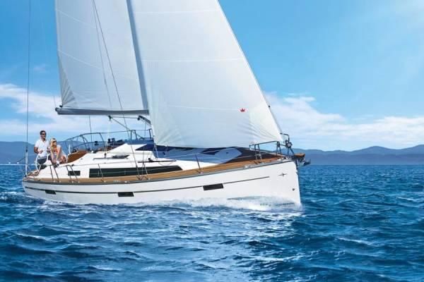 Bavaria Cruiser 37 Style