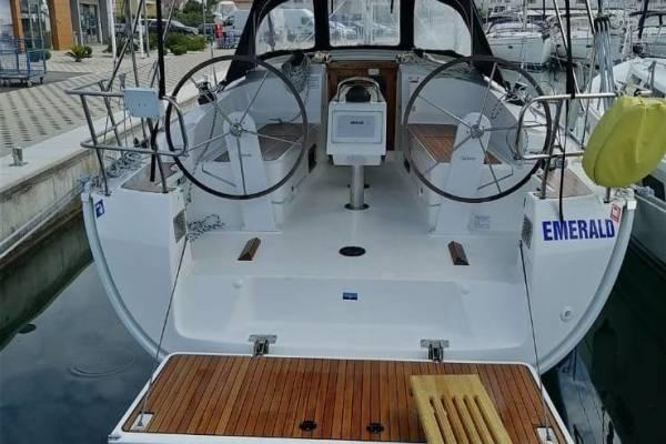 Bavaria Cruiser 37