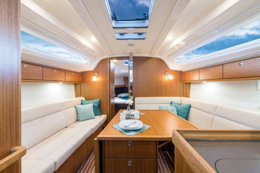 Bavaria Cruiser 37  | Jane II