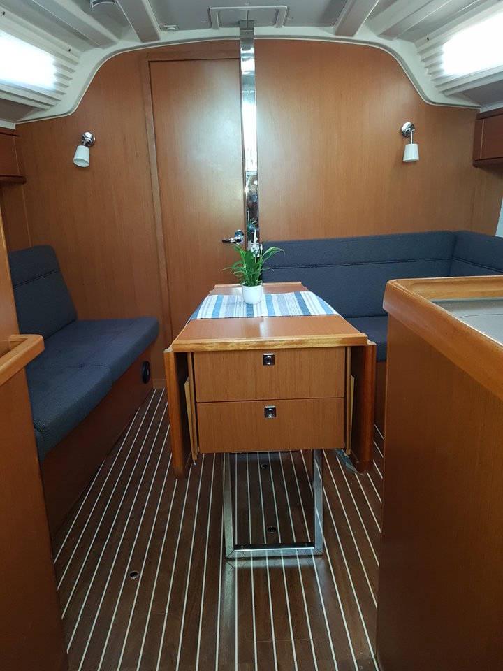 Bavaria Cruiser 37  | NAIADE