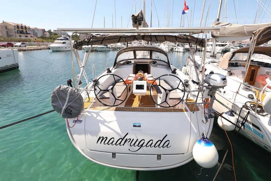 Bavaria Cruiser 41 Style
