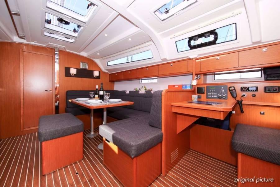 Bavaria Cruiser 41S  | Victorija (21)