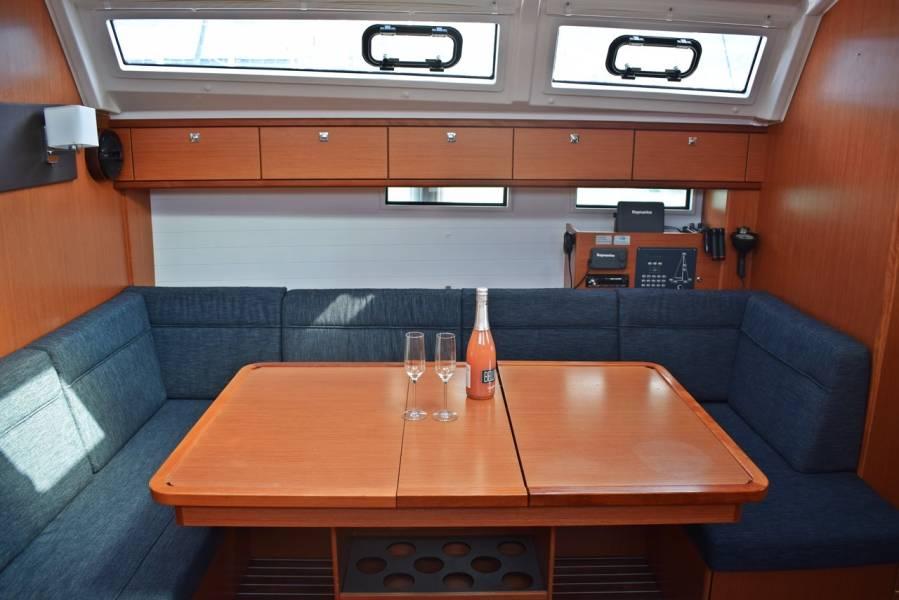 Bavaria Cruiser 46    Lovrečina