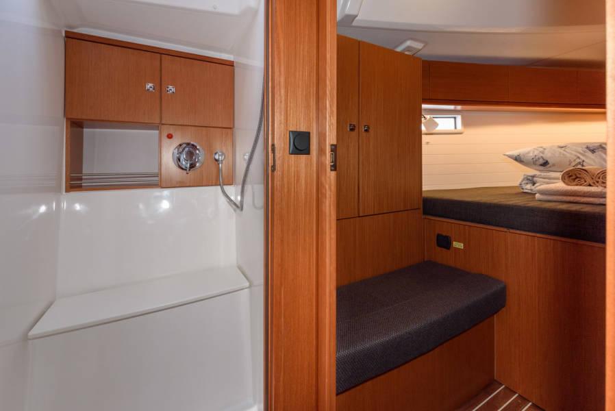 Bavaria Cruiser 46    Factor X