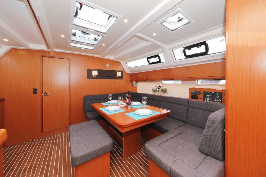 Bavaria Cruiser 46    Athene I
