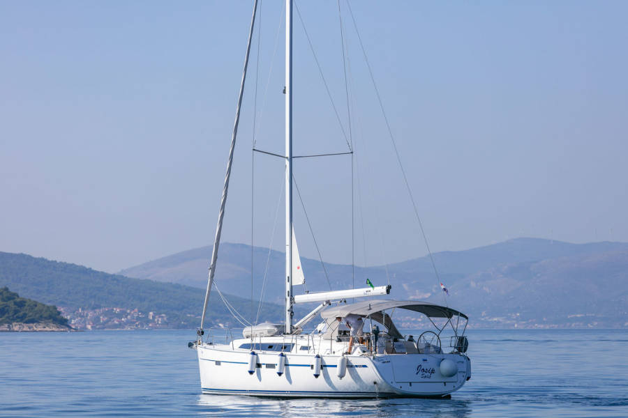 Bavaria Cruiser 46    Josip