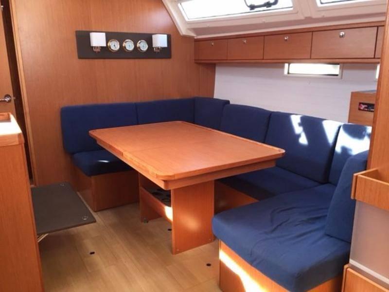 Bavaria Cruiser 46  | Volare