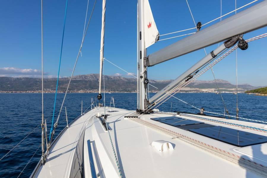 Bavaria Cruiser 51  | Lui