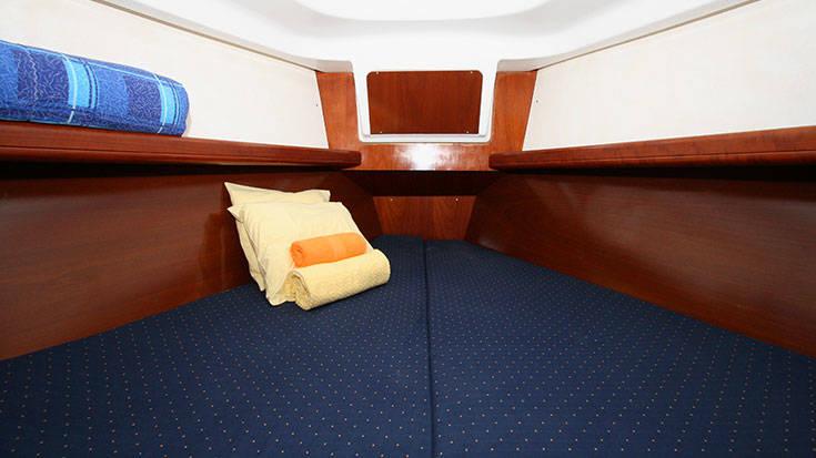 Beneteau Oceanis Clipper 331  | Jagoda (renewed 2011)