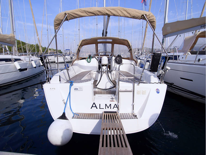 Dufour 325 GL  | Alma