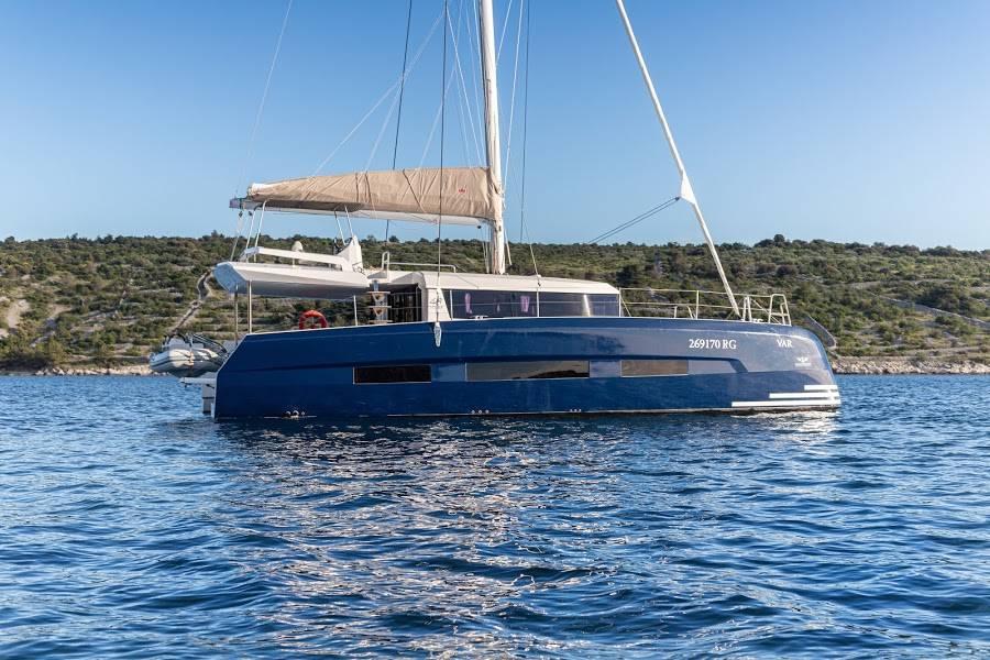 Dufour 48 Catamaran    NOX