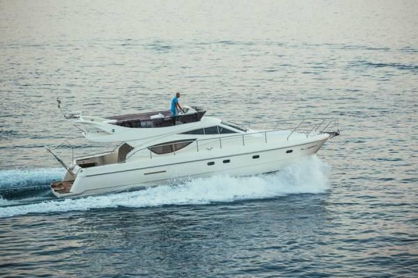 Ferretti Yachts 460i | Bluebell