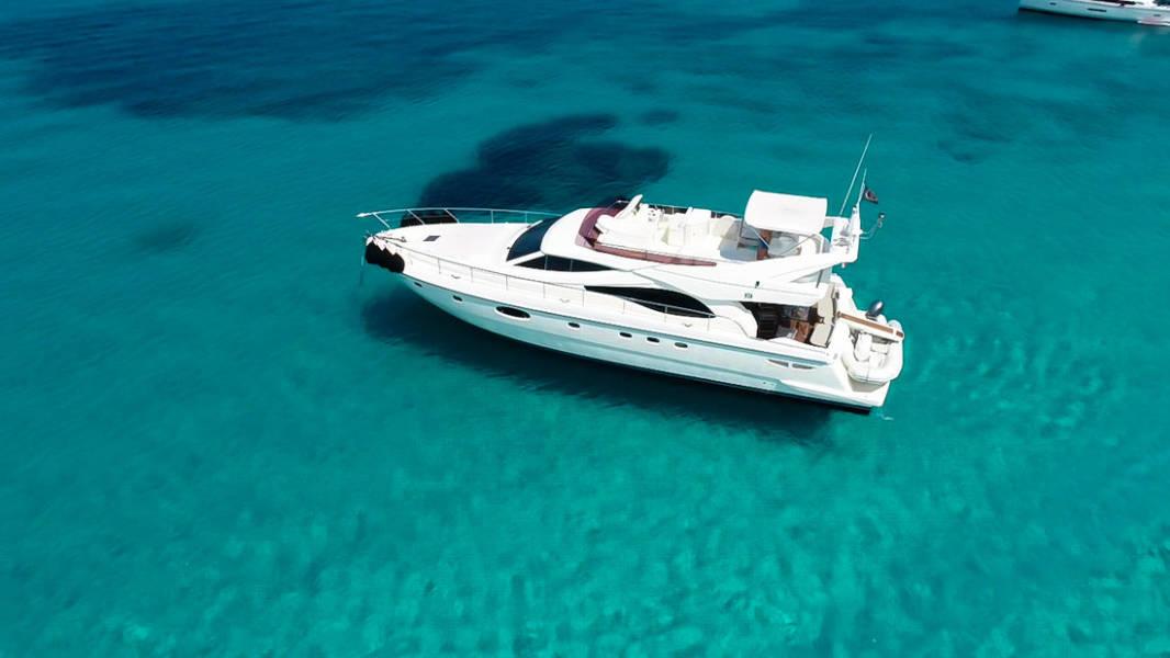Ferretti Yachts 590    Rogue