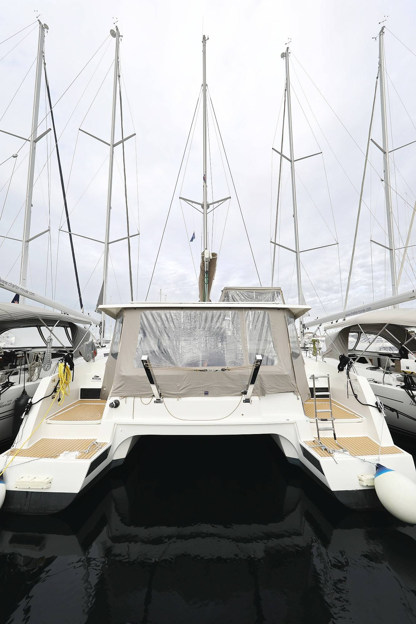 Fountaine Pajot Lucia 40 | Luce, A/C - Generator, A/C, Watermaker