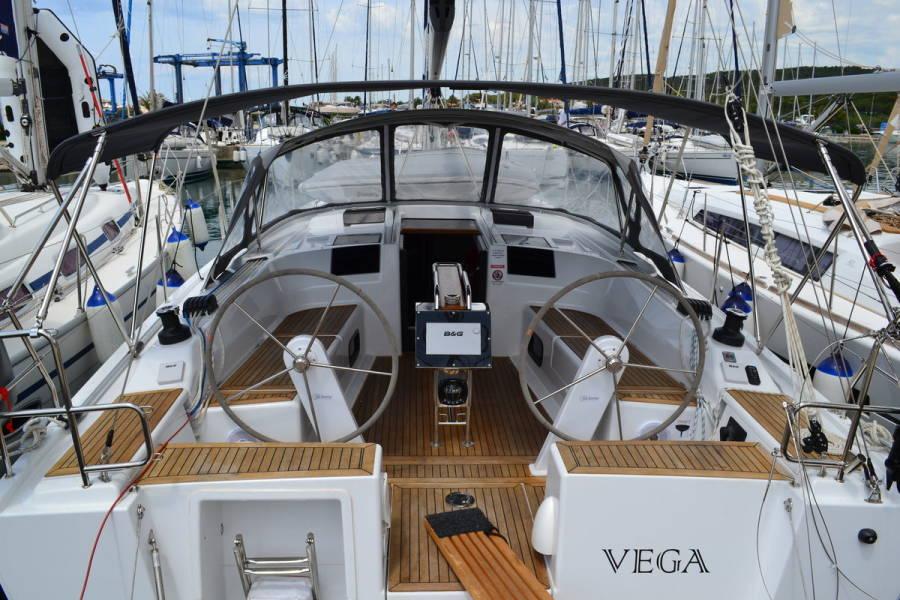 Hanse 415  | Vega