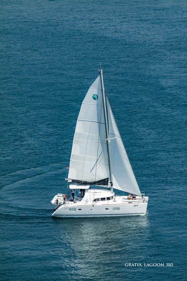 Lagoon 380    GRATIA