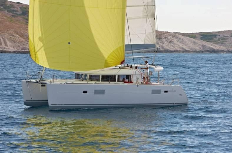 Lagoon 400    MH 26