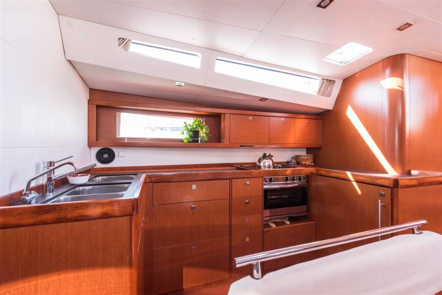Oceanis 48    Summer Dream with AC and generator