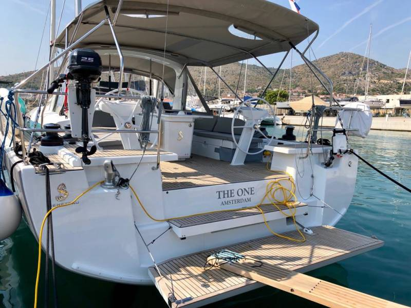 Oceanis 51.1  | The One