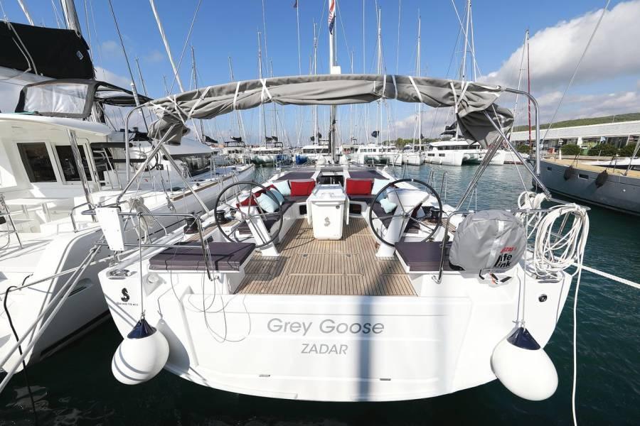 Oceanis 51.1    Grey Goose
