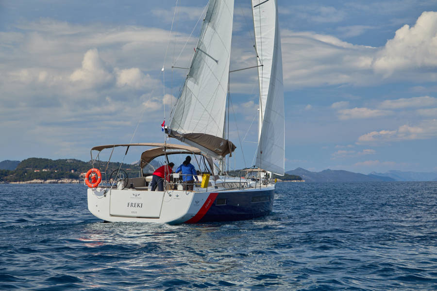 Sun Odyssey 490  | FREKI (BLUE HULL, AC+GEN,UNDERWATER LIGHTS)