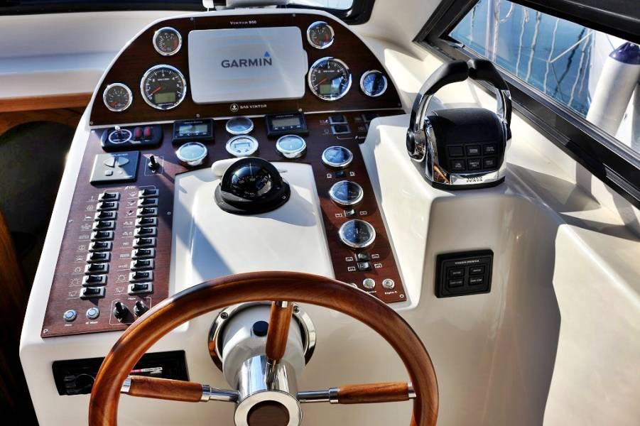 Vektor 950  | Rava